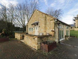THE LODGE, stone-built, detached, open plan studio accommodation, romantic retre