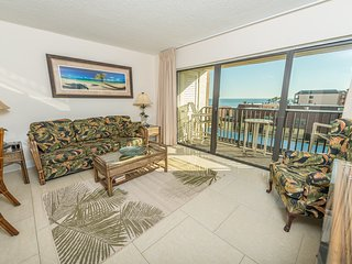 Penthouse- Next to Pier - Fully Renovated- Corner Unit