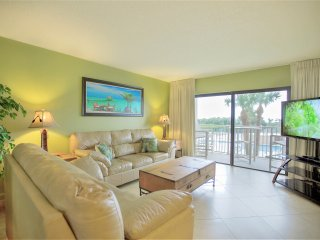 Direct Oceanfront View - Right on the Beach & Brand New!