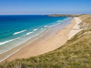 Bay House, Perranporth, Cornwall. Victorian country house by the sea, sleeps 10.