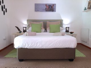 Grace Walk Guesthouse - Opal Suite