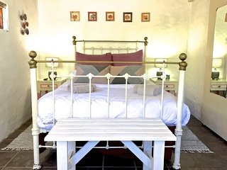 Grace Walk Guesthouse - Rose Quartz