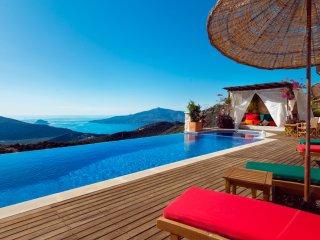 5 Bedroom Villa with Amazing Views of Kalkan bay and Islands