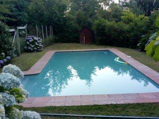 casa comoda a cinco minutos de pucon con piscina