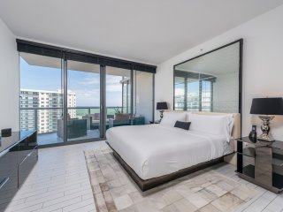 2/2.5 Private Residence at W South Beach -1411