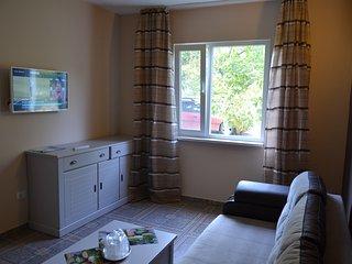 living room, full view.