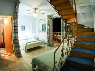 Villa Spiros Spacious Apartment sleeps up to 6 ppl