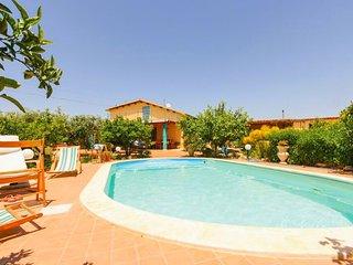 VILLA ANTONINO, Casa Vacanza in Sicilia tra mare e collina.