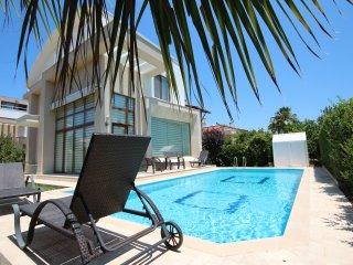 Paradise Town Villa Elite