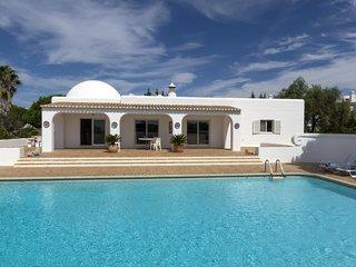 VILA CRISTINA  - Luxury Beach Villa -  Near 5 spectacular Beaches
