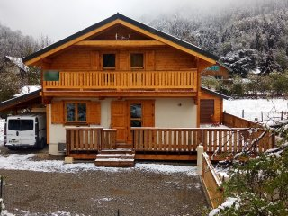 Bright chalet for 10 pax with Spa
