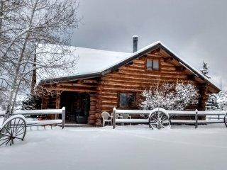 Mountain Log Home Vacation