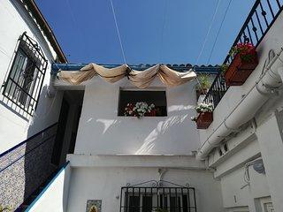 A. Apartamentos La Magdalena