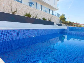 Luxurious apartment Coconut EOS CROATIA with modern furniture and swimming pool