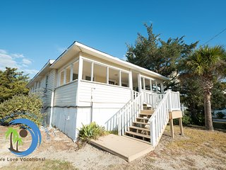 The Virginian! - 150 yards to the Beach! PET FRIENDLY!