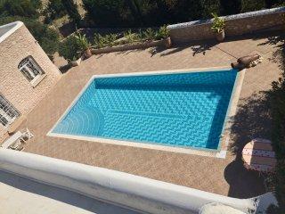 Superbe villa avec piscine Chauffee