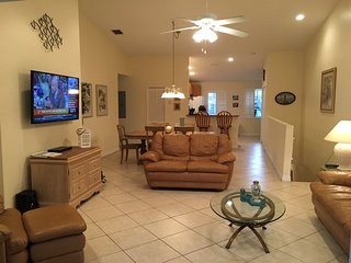 Spacious Living Room Area W/Vaulted Ceilings and New 60' HDTV!