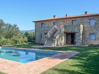 Villa Montegiovi - Magnificent Tuscan farmhouse in the Val d'Orcia area