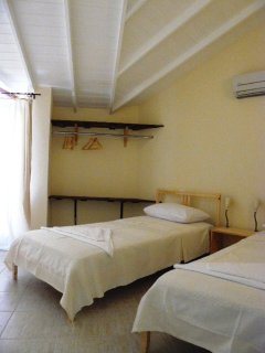 B2 - Room with Two Single Beds