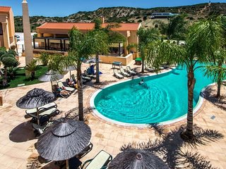 Baía da luz pool apartment