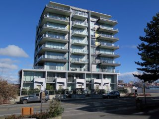 Dockside Green -Waterview 2 Bedroom