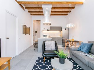 Contemporary spacious 2bed in Eixample