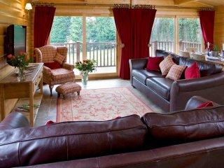 CC001 Log Cabin in Oxford