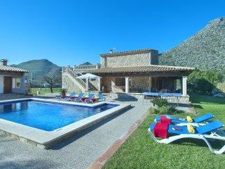 Hermosa Villa Boquer con Piscina Privada y Excelentes Vistas