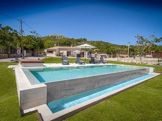 Confort y Diseno en Villa La Rafal