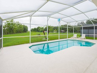 BASS LAKE ESTATES (4423GHL) - Spacious 4BR Pool Home, Master Goundfloor
