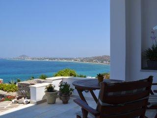 Sunny villa, Orkos naxos