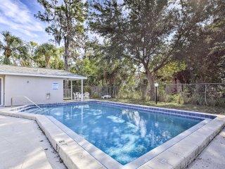 Renovated Bradenton Home w/Patio & Pool Access