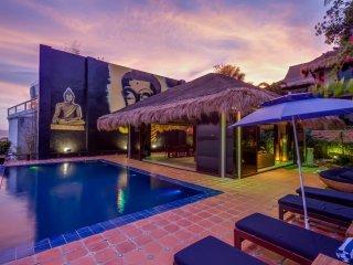 Den Pasar Boracay 7BR Luxury Villa