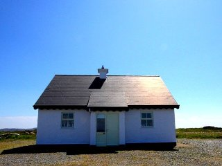 No 14 Leitirshask, Ballyconneely - Traditional Cottage with luxury finish - only