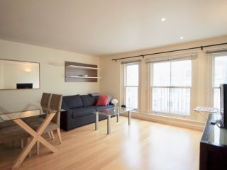 Flat 8, Beautiful 1 bedroom flat in Kensington
