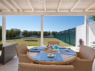 945 Small villa for vacations near the sea of Porto Cesareo