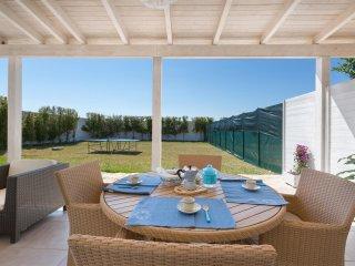 945 Small villa for vacations near the sea of Porto Cesareo