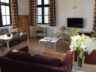 Economical 2 Bedroom Apartments for 5 - Ideal for Family - Cheapest Rental Rates