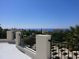 Villa Tyche Bungalow Secret Valley 'B' amazing sea views pool heating available