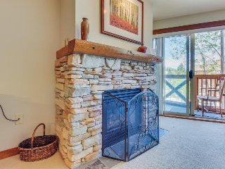 Ski-in/out condo w/mountain views, shared hot tub & pool & Club Solitude access!