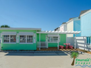 Emerald Beach Cottage