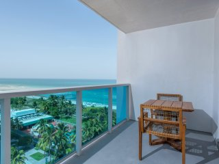 Luxurious Condo Hotel 2/2.5 Beachfront Unit 1015
