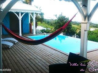Très belle villa ouverte sur une magnifique vue mer avec piscine, 8/10 pers.
