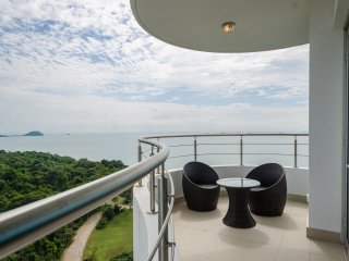 18F 2 Bedroom with Ocean Views, Casa Bonita, Panama City - Panama