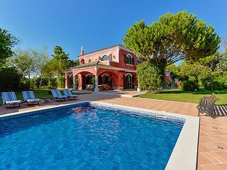 5 bedroom Villa in Quinta do Lago, Faro, Portugal : ref 5311103
