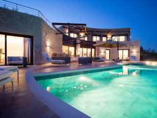 Luxury Villa The Olive Retreat