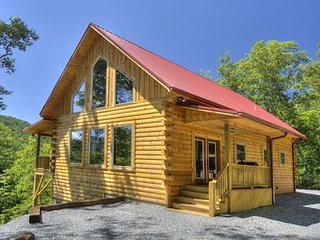 Smoky Mtn luxury close to Great Smoky Mtn Railway, Tsali bike trail, NOC, Casino