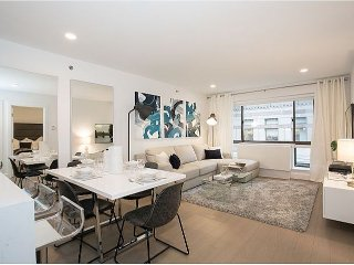 Luxurious Large 1Bed Apt Midtown