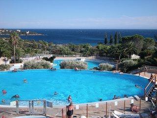 Appartement 2 pieces vue mer et piscines, Village de Cap Esterel a Agay