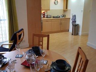 Executive Open Plan Apartment - Leith